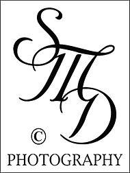 dowie_logo_black_©.jpg