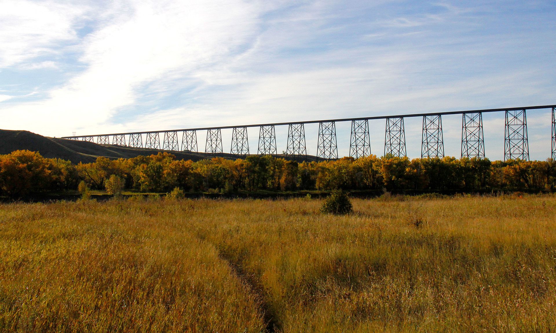 Oldman River Valley