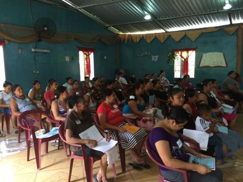 Sharing Bible stories in Honduras