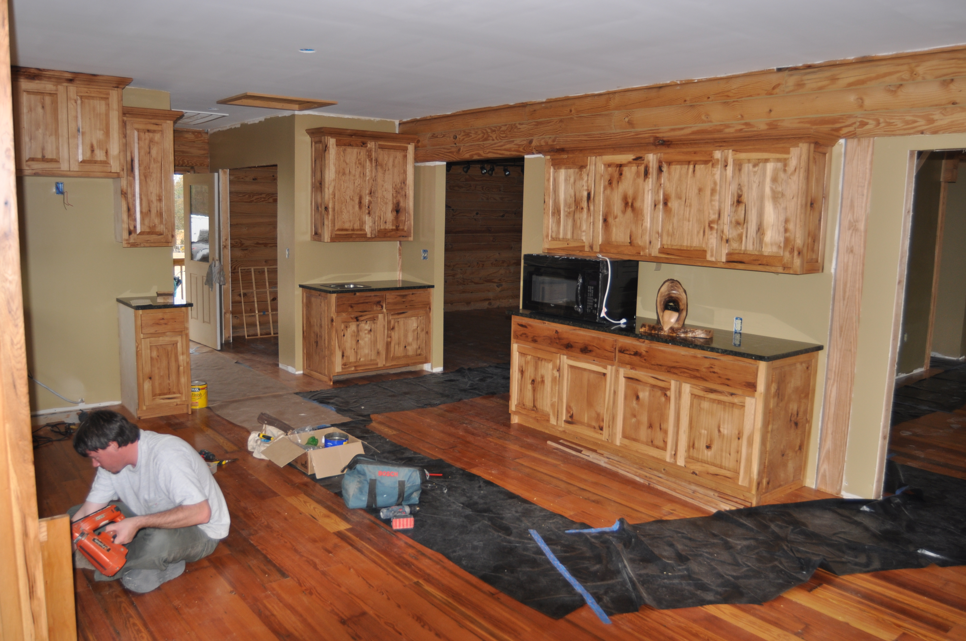 Hickory cabinets (knotty)