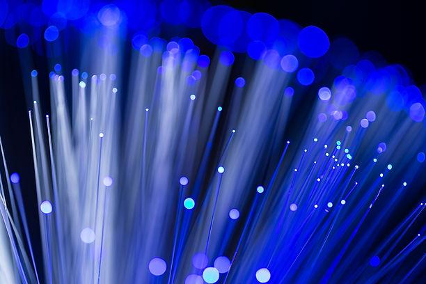 fiber-optics-cable-APMVSVU.jpg