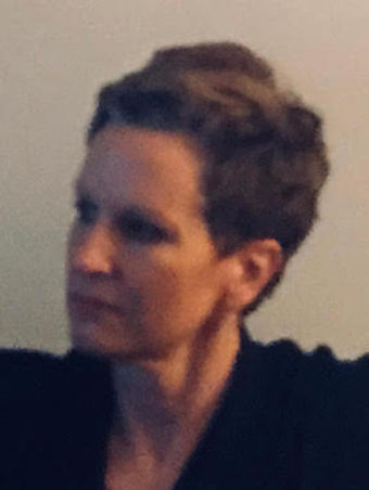 Victoria Arendt Profile SMALL.jpeg