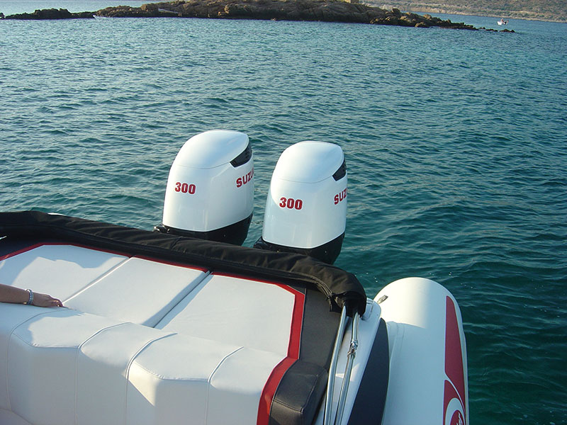 cabin-outboard-6