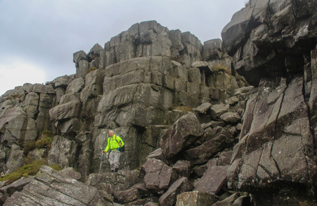 Dropping into the most spectacular ravine, Rhinogs