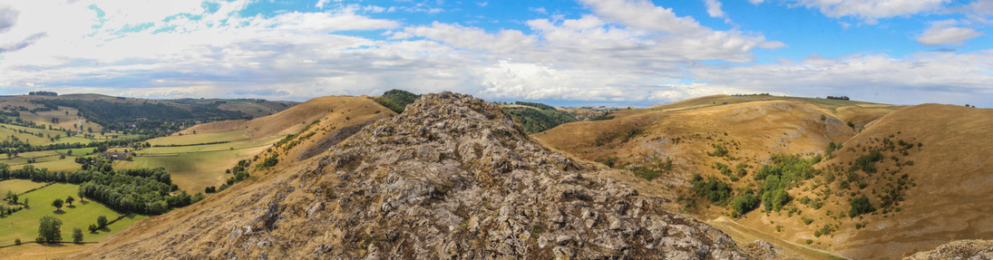 The remarkable and unexpected summit of Thorpe Cloud, Dovedale