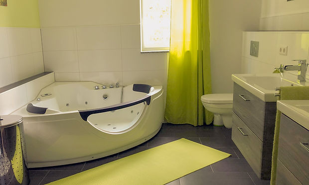 Bathroom_E.jpg