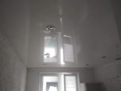 глянец натяжные потолки