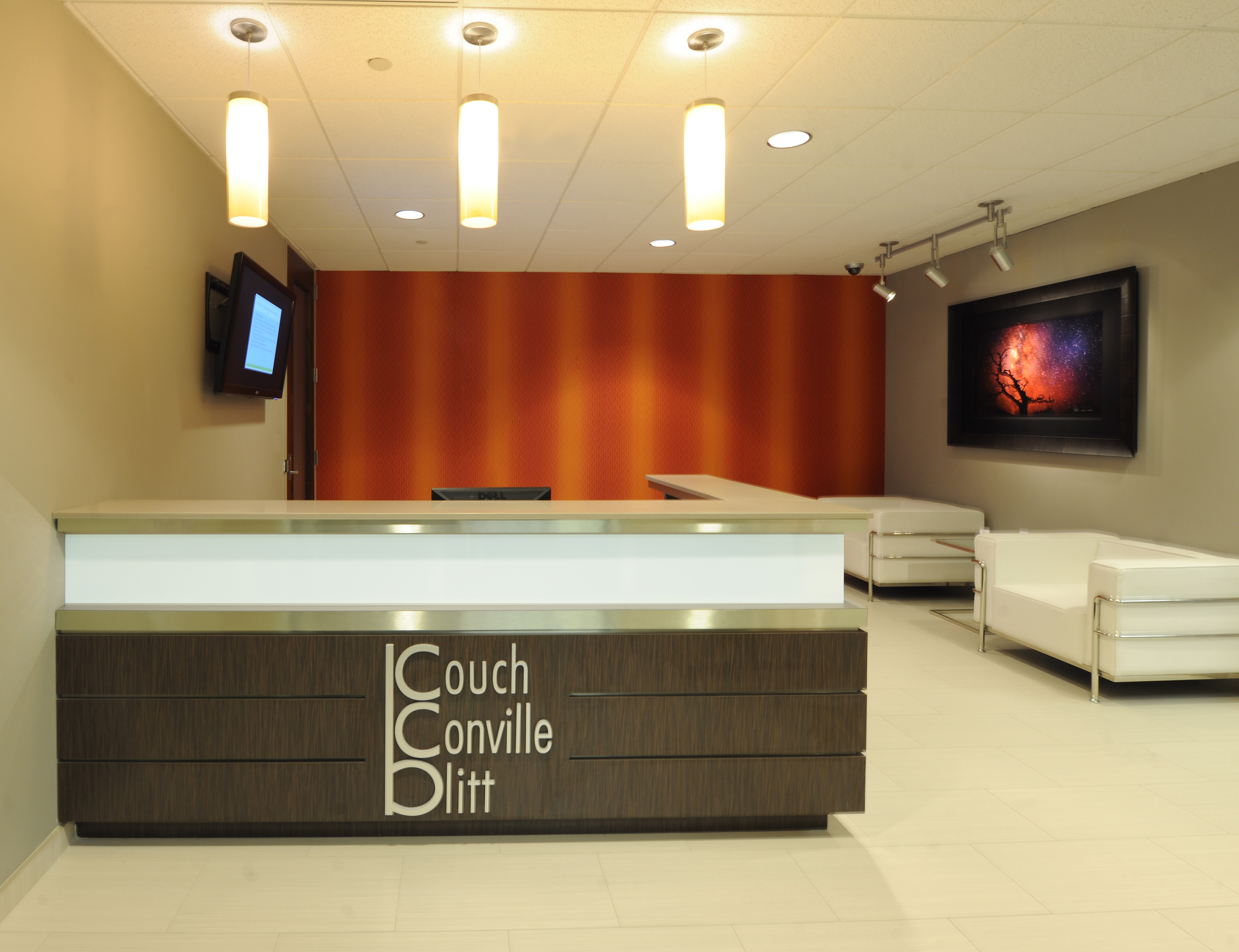 Couch Conville_1