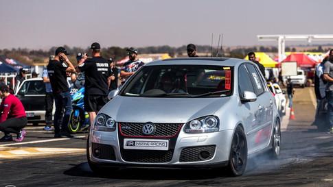 10. VW GOLF 5 GTI - 12.18 @ 185 km/h