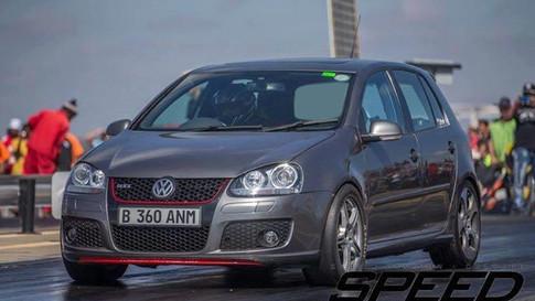 2. VW GOLF 5 GTI - 11.7 @ 198 km/h