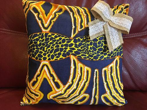 Housse de coussin Wax multicolore imprimé bleu nuit/jaune