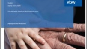Studie: Anerkennung und bessere Arbeitsbedingungen rangieren bei Pflegekräften vor höherer Vergütung