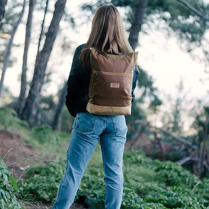 Gold Waxed canvas & Cork,Lasal Zipper Backpack