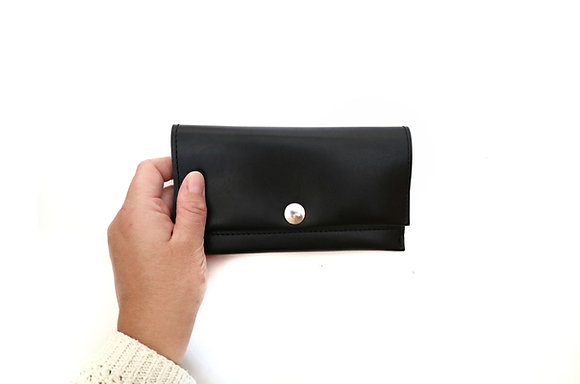 Black long wallet