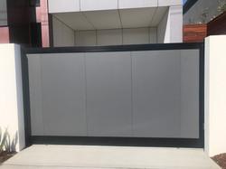 Solid modwall gates