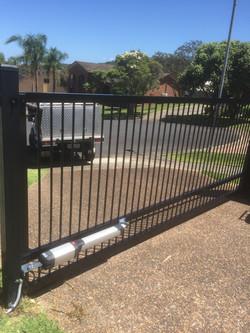 flat top swinging gate