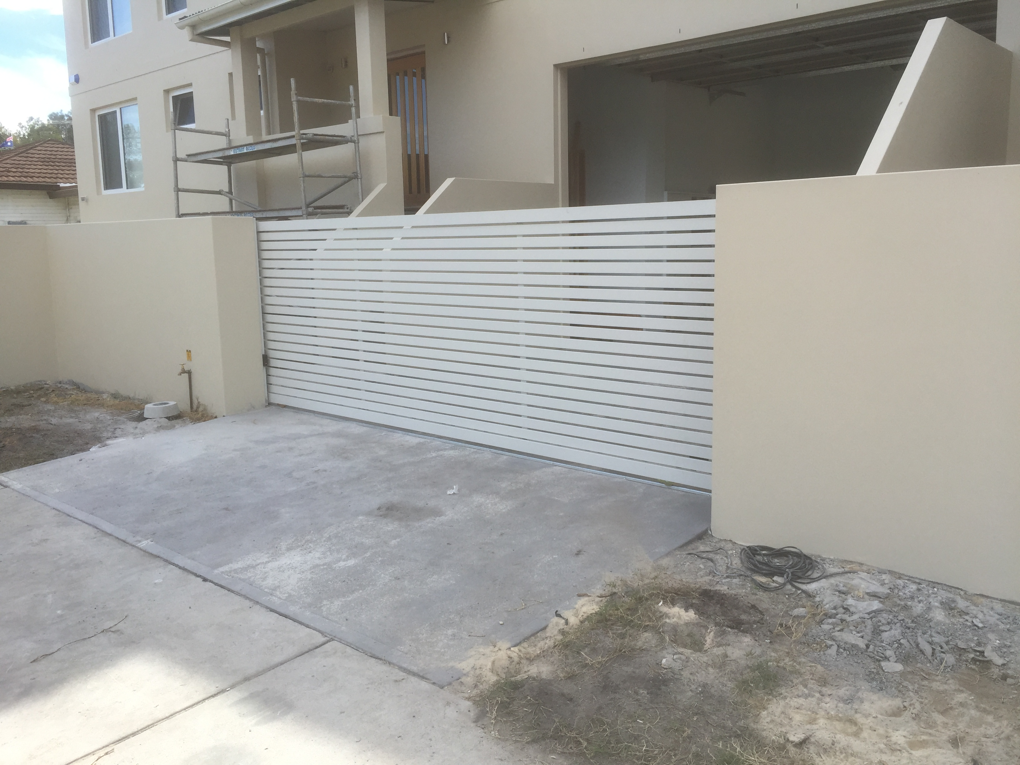 electric sliding gate Newcastle