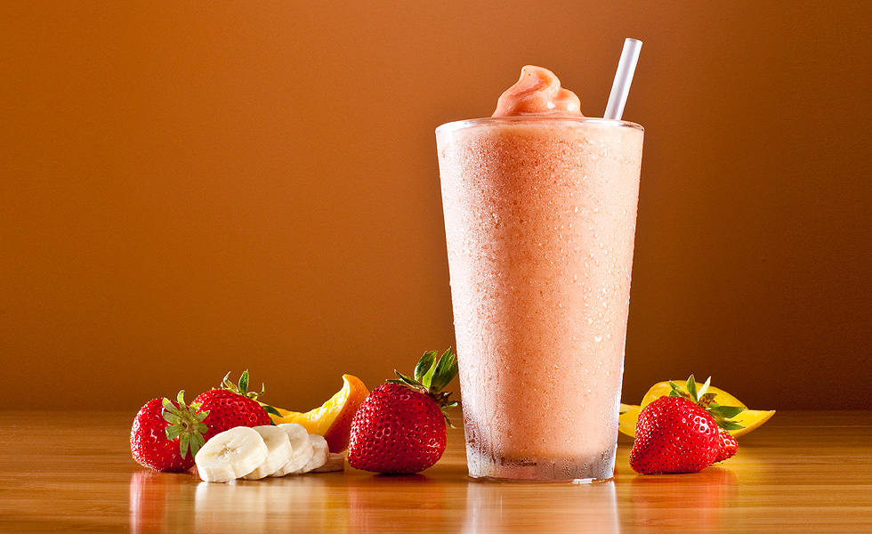 Orange_strawberry-banana-smoothie