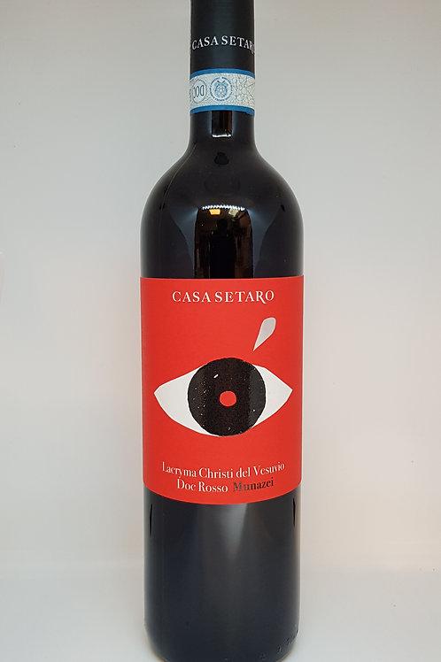 Fles rode wijn van de Vesuvius