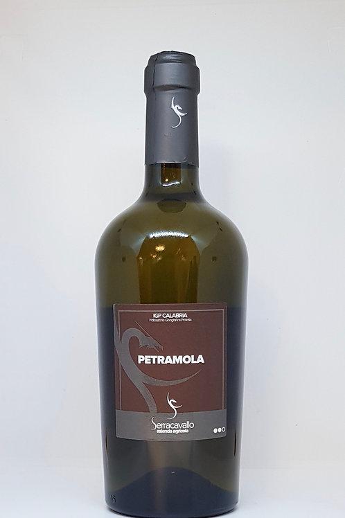 Petramola, witte Italiaanse wijn