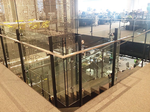 Glass Stair 02.jpg