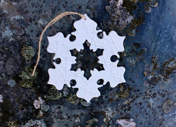 Mellomstor snøkrystall rund 13 cm