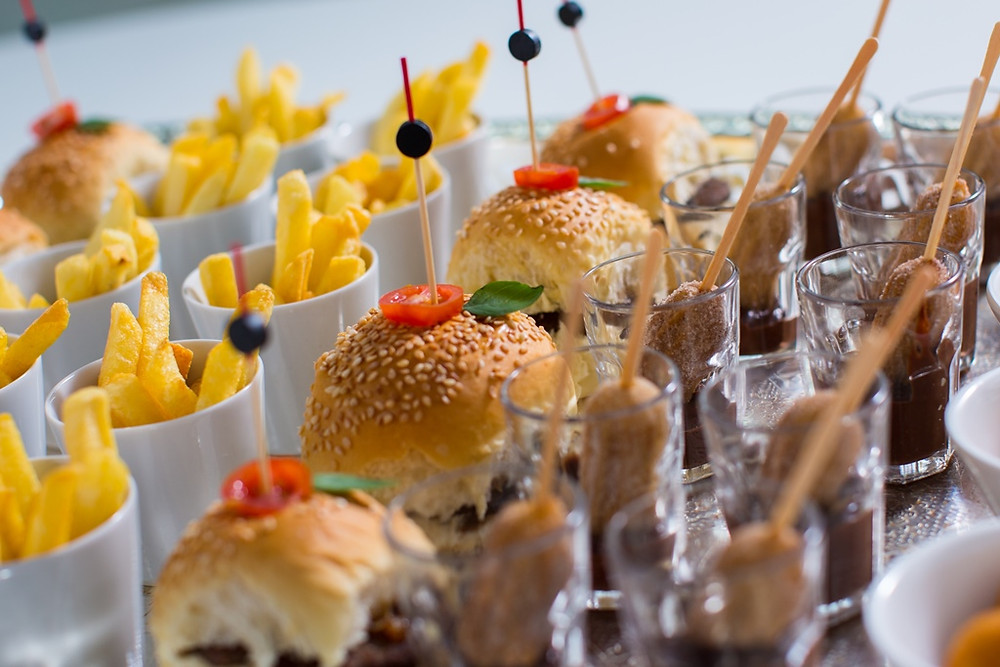 Não se esqueça: comida e bebida devem acompanhar a pista | fonte: Meio do Mato Eventos