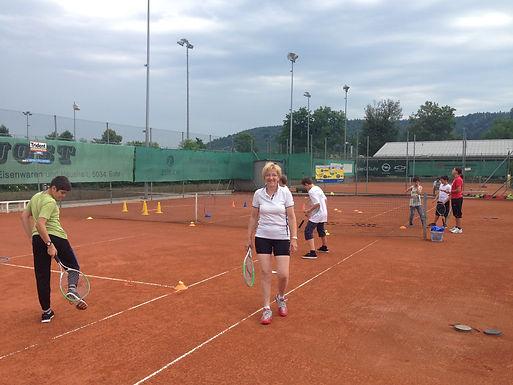 KEEPCOOL Tennisschule  >> NEU <<  auch im TC Suhr