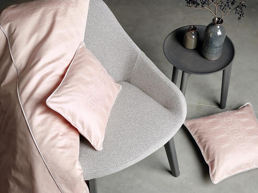 Design LACE in soft powder