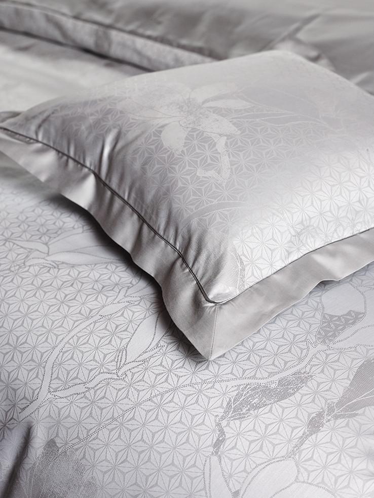 Design MAGNOLIA in col. whisper grey