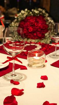 Setup lãng mạn, tinh tế dành cho cặp đôi