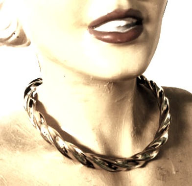 corrugated collar 3