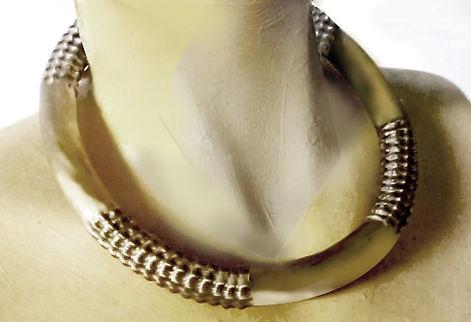 corrugatedjewelry collar