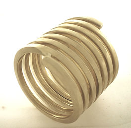 bracelet-hogh-reso_edited.jpg
