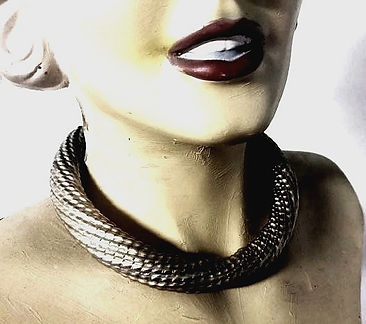 vogue jewelry collar necklace