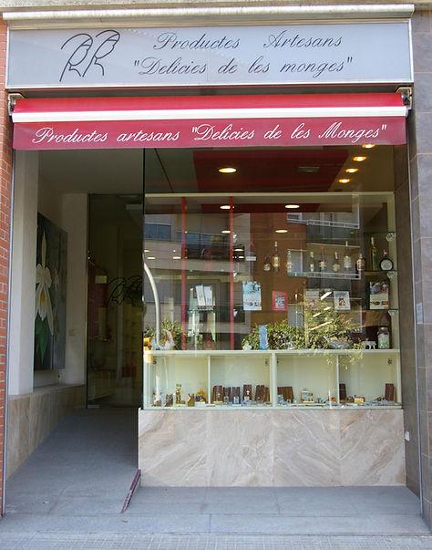 """Tienda Productos Artesanos """"Delicias de las monjas"""". Berga"""