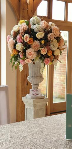 Designer large wedding pedestal flowers