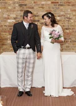 Modern romance bride & groom wedding flowers