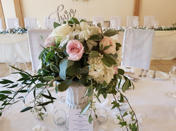 Wedding Table centre urn pink and whitelux flowers