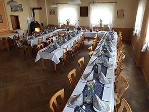 große Feier im Saal des Gasthaus Wachter Trosdorf