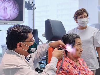 Euan-Ear-screening-04.jpg