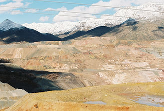 stockvault-colorful-copper-mine106194.jp