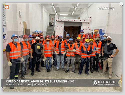 Foto-grupal-Steel-Framing-2021-01-18.png