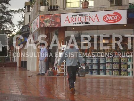 2006   Reforma de local. Ferretería Arocena. Av. Arocena y Schroeder