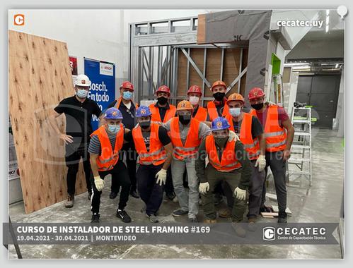 Foto-grupal-Steel-Framing-2021-04-19.png