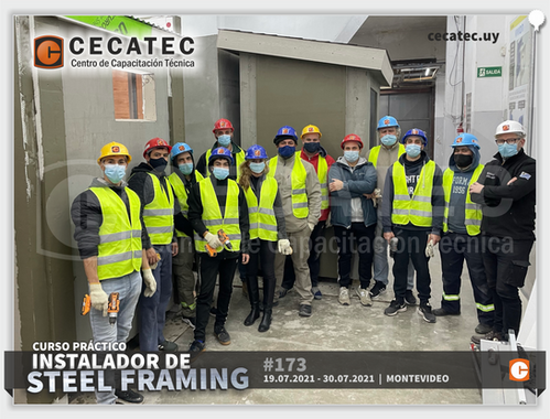 Foto-grupal-Steel-Framing-2021-07-19.png