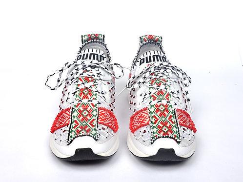 Beaded sneaker low top white