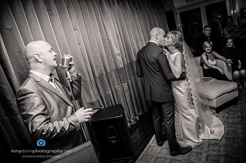 The Loungeman Wedding Singer Entertainment Corporate events Cork