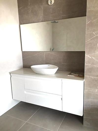 עיצוב שיש לחדר אמבטיה