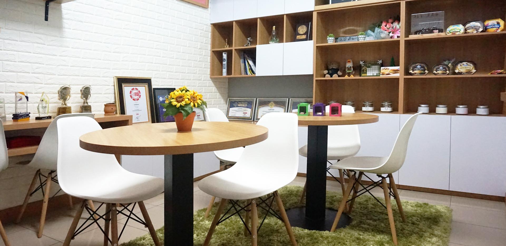 Campina Office Room